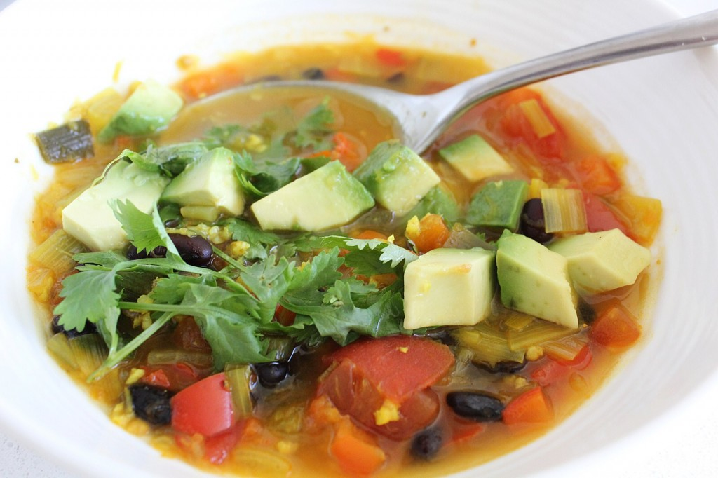Mexican Tomato & Black Bean Soup