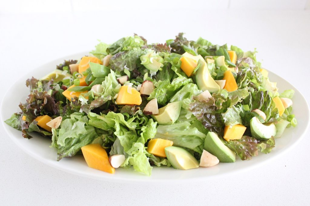 Green Salad with Papaya and Avocado