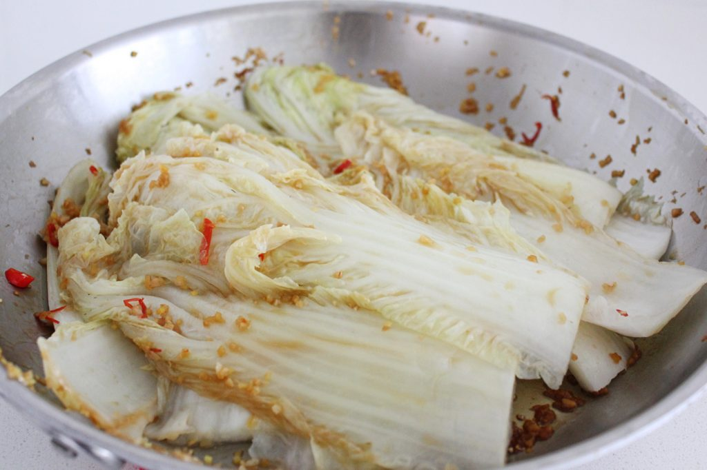 Steamed Chili and Garlic Cabbage