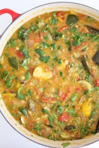 Mashed Curried Vegetable & Navy Bean Soup